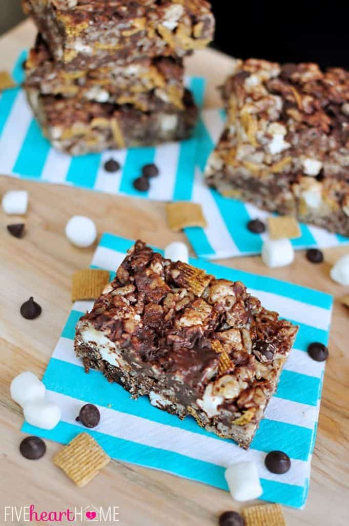 S'mores Crispy Treats ~ rice cereal and marshmallow bars are given a s'mores treatment with the addition of graham cereal, whole mini marshmallows, and chocolate chips | {Five Heart Home}