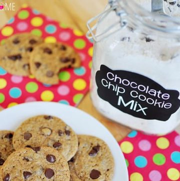 Homemade Chocolate Chip Cookie Mix ~ just add butter, eggs, and vanilla for fresh cookies in a flash! | {Five Heart Home}