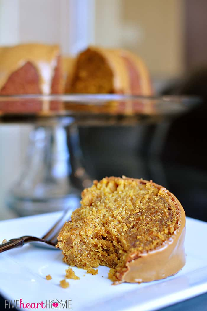 Pumpkin Biscoff Bundt Cake with Cookie Butter Swirl and Glaze  |  {Five Heart Home}