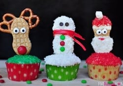 Christmas Cupcake Toppers {Using Nutter Butters}