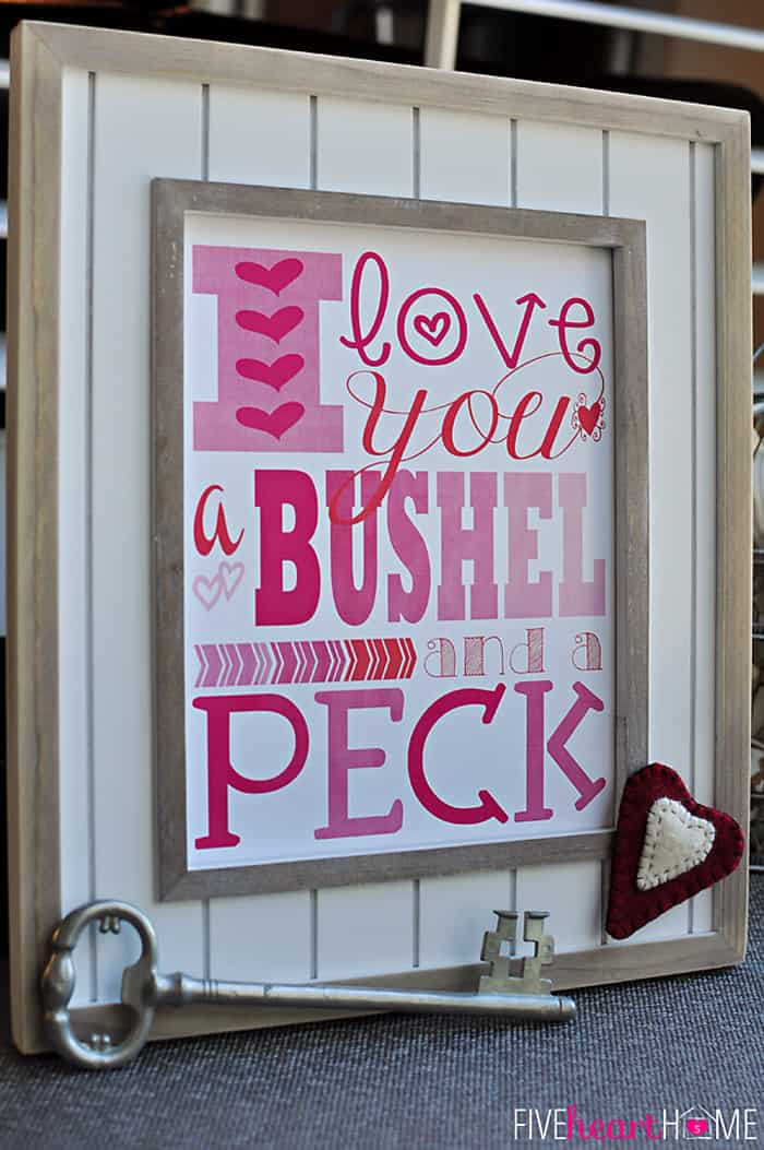 Free Printables for Valentine's Day {I Love You a Bushel and a Peck} ~ 8x10 Print and Notecards | FiveHeartHome.com