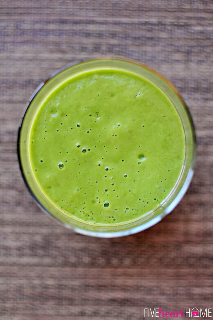 Green Smoothie ~ start the new year off right with this yummy smoothie that's packed with fruit, creamy avocado, and vitamin-rich spinach | {Five Heart Home}