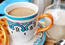 All-Natural and Homemade: Vanilla Coffee Creamer
