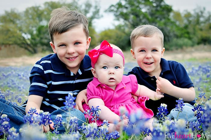 Three Cuties in Some Texas Bluebonnets-2013_700px