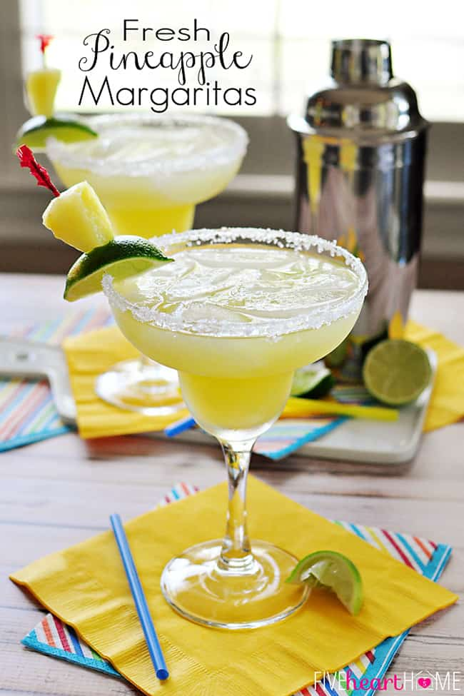 Fresh Pineapple Margaritas {plus} Cinco de Mayo Recipes