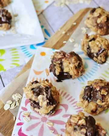 No-Bake Peanut Butter Chocolate Chunk Cookies ~ come together in minutes...no need to turn on the oven!   FiveHeartHome.com