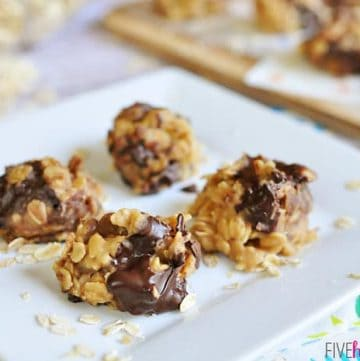 No-Bake Peanut Butter Chocolate Chunk Cookies