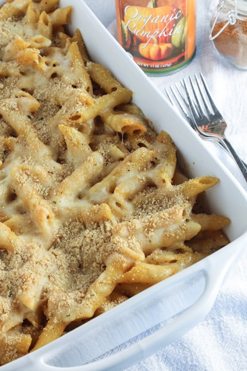 Yum! Delicious pumpkin recipes for fall via maisondepax.com: Pumpkin Macaroni and Cheese