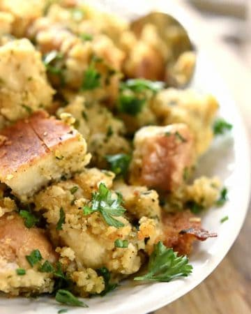 Garlic and Herb Stuffing ~ made with French bread and cornbread, this savory, simple, Thanksgiving dressing is easily customizable | FiveHeartHome.com