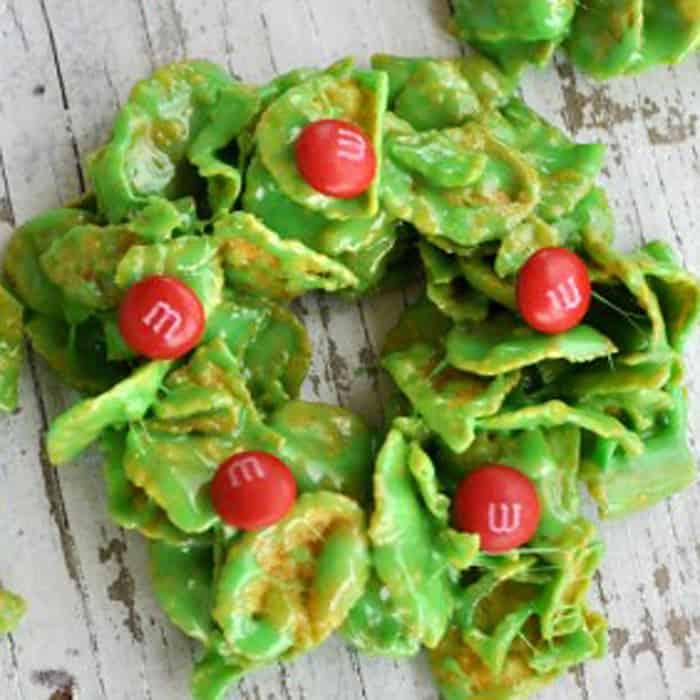 No-Bake Christmas Wreath Cookies