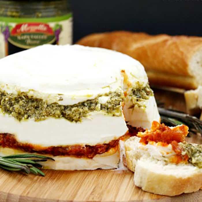 Pesto and Sundried Tomato Cheese Spread