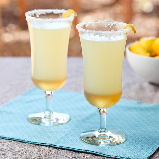 Sparkling Ginger Lemon Mocktail