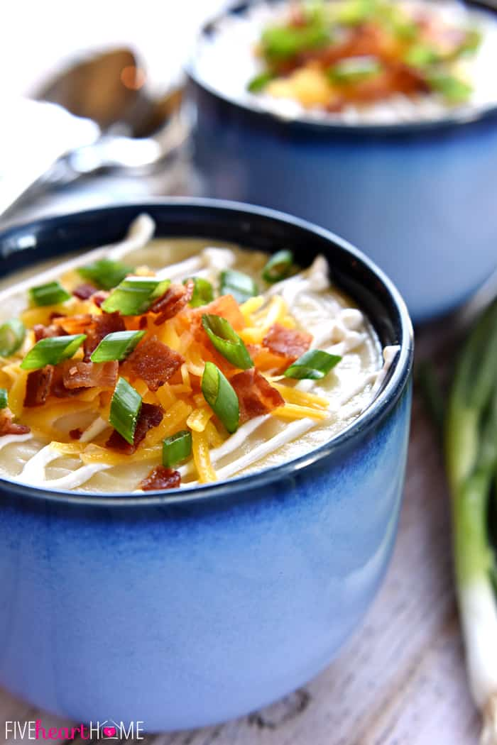 Slow Cooker Loaded Baked Potato Soup ~ a smooth and creamy crock pot ...