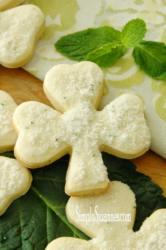 Minted Shamrock Sugar Cookies | Simply Suzanne's At Home