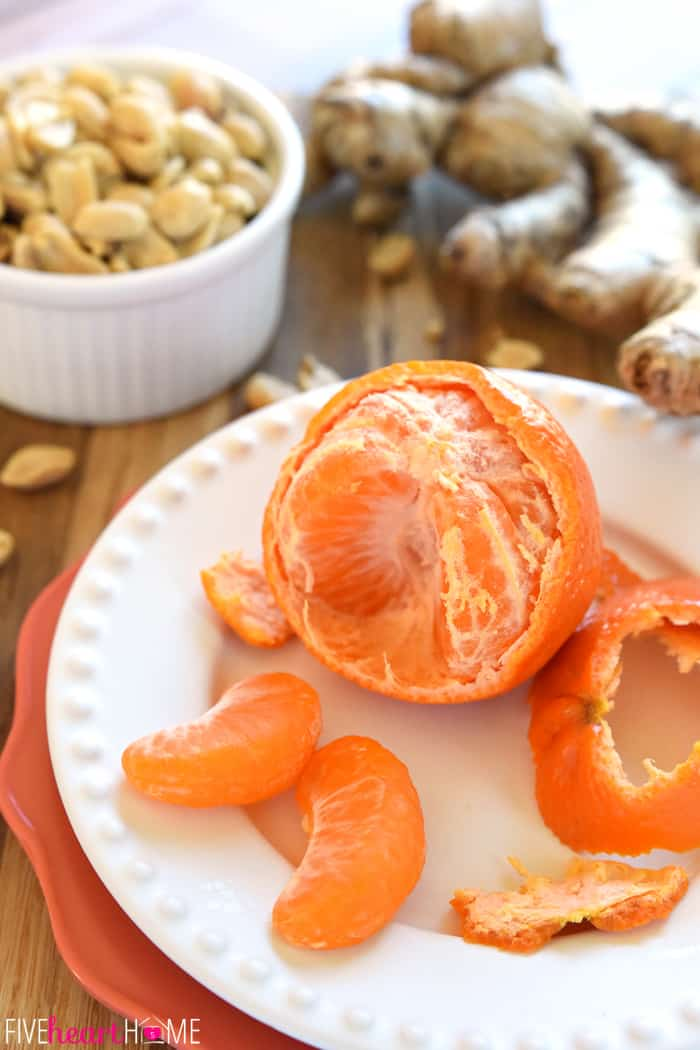 Key ingredients of peanuts, mandarin and fresh