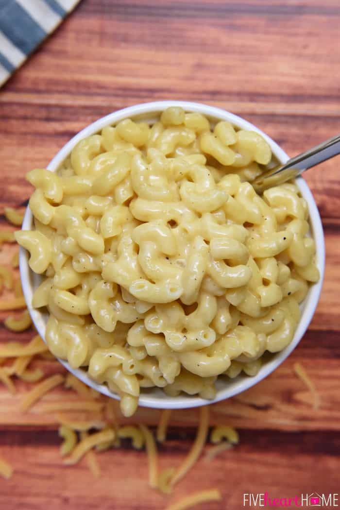 Homemade Mac and Cheese in a bowl aerial view
