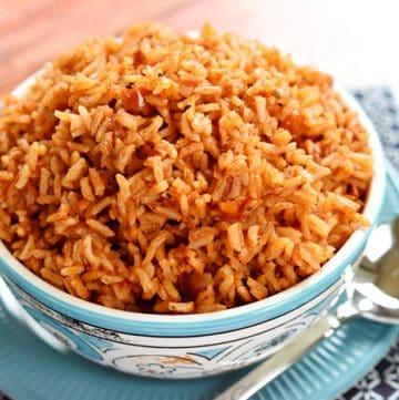 Easy Spanish Rice + VIDEO
