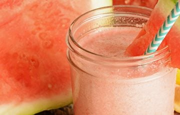 Watermelon Smoothie ~ a fruity, refreshing summer drink recipe! | IShouldBeMoppingTheFloor.com for FiveHeartHome.com