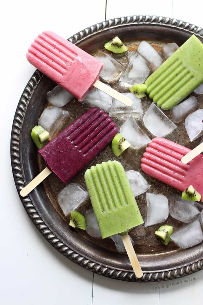 Smoothie Popsicles | LoveGrowsWild.com
