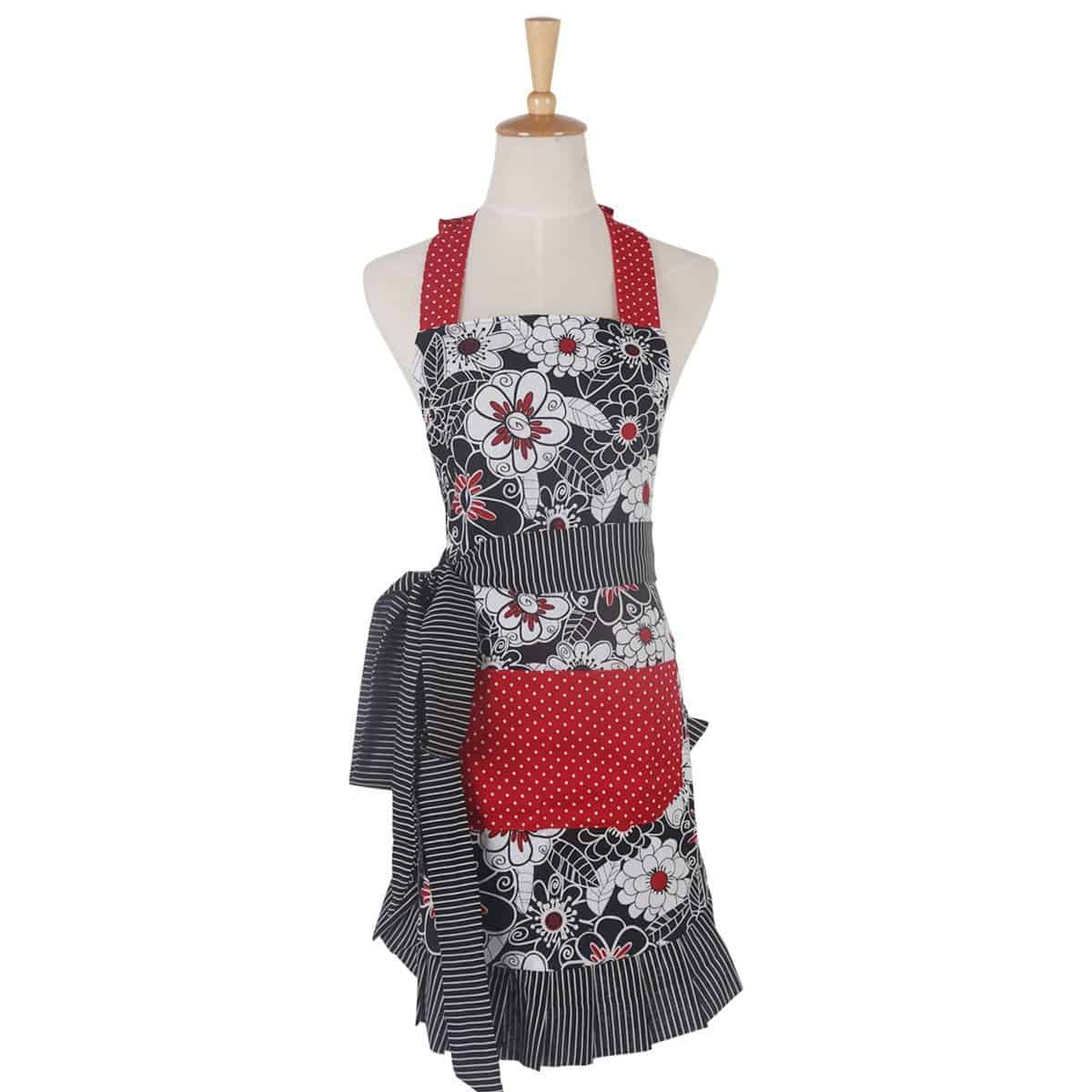 Red & Black Floral & Polka-Dot Apron | 2015 Holiday Gift Guide for Foodies @ FiveHeartHome.com