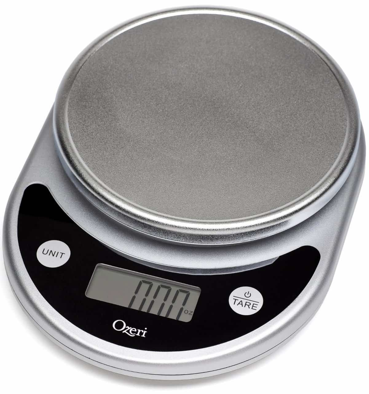 Food Scale | 2015 Holiday Gift Guide for Foodies @ FiveHeartHome.com