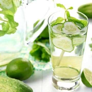 Cucumber Mint Infused Water (with or without lime) ~ a delicately flavored, refreshing drink that will keep you cool and hydrated all summer long! | FiveHeartHome.com