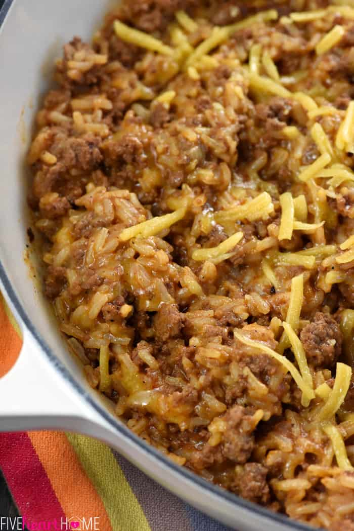 One Pan Cheesy Beef Taco Skillet A Quick And Save This Recipe Is Ridiculously Easy
