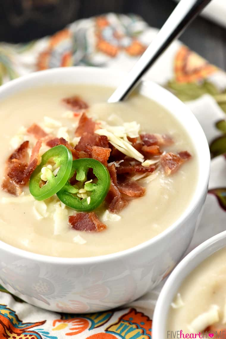 Slow Cooker Cauliflower Soup with Pepper Jack & Bacon Close-Up with Toppings