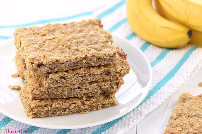 Soft-Baked Banana Oat Bars
