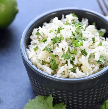 Cilantro Lime Rice ~ with just a handful of ingredients, this easy, tasty recipe is the perfect base for burrito bowls or a delicious side for all of your favorite Mexican entrees! | FiveHeartHome.com