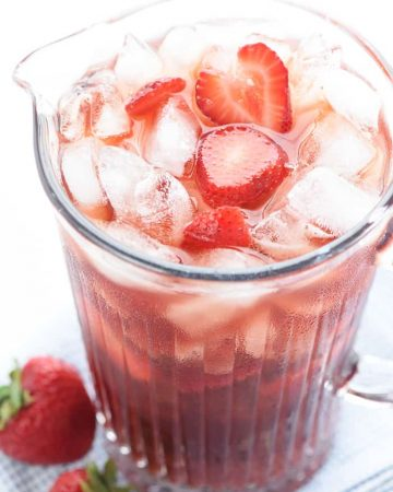 Strawberry Iced Tea ~ made with sweet, fresh, strawberry simple syrup for a refreshing summer drink! | FiveHeartHome.com