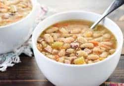 Slow Cooker White Bean & Ham Soup