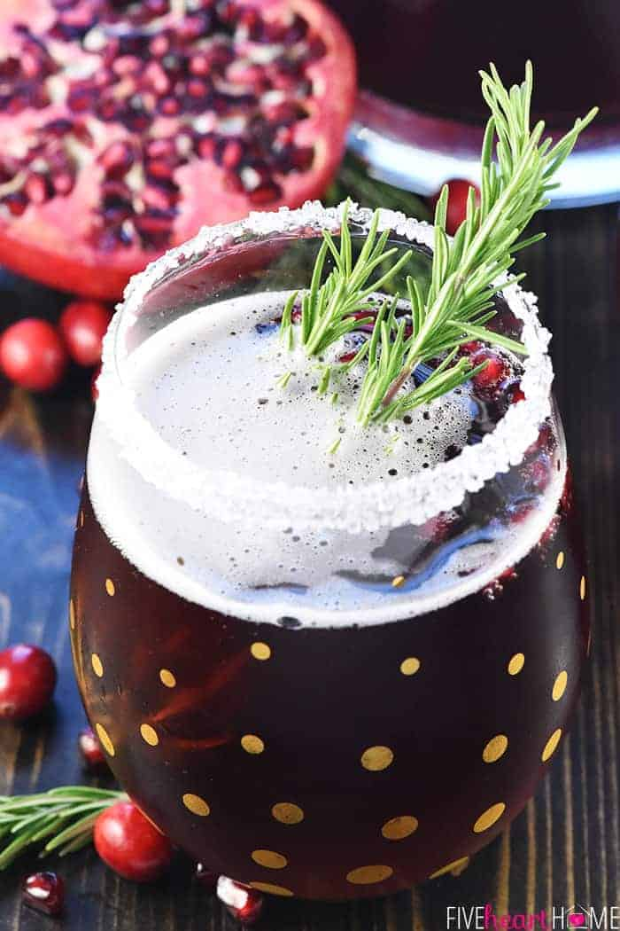 Cranberry Christmas Punch.Easy Christmas Punch