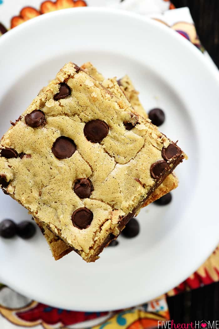 Aerial view of blondie with chocolate chips