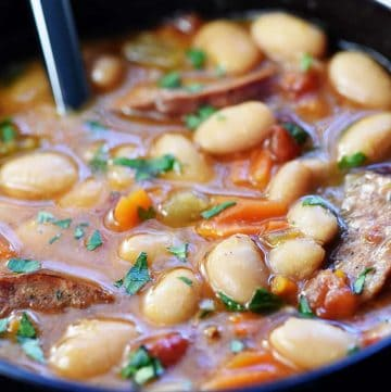 Slow Cooker Cajun White Bean Soup