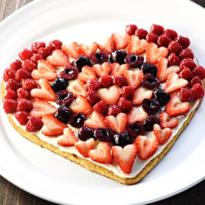 Heart-shaped Fruit Pizza Valentine's Day dessert.