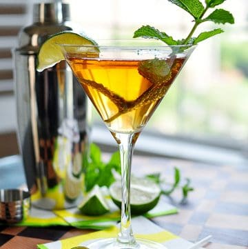 Sweet Tea Vodka Martini with Mint + Lime ~ a delicious combo of sweet tea vodka, homemade mint simple syrup, and lime for a refreshing summer cocktail! | FiveHeartHome.com