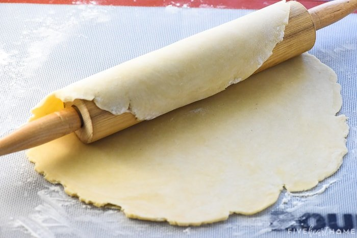 How to transfer pie crust to the pan using the rolling pin